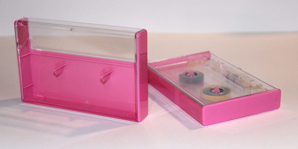 Pink Norelco cassette case from Duplication.ca