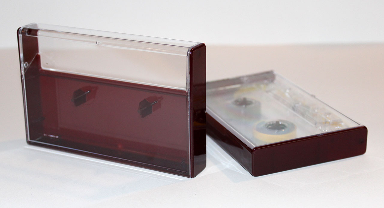 Clear/Burgundy Norelco Case for Audio Cassettes
