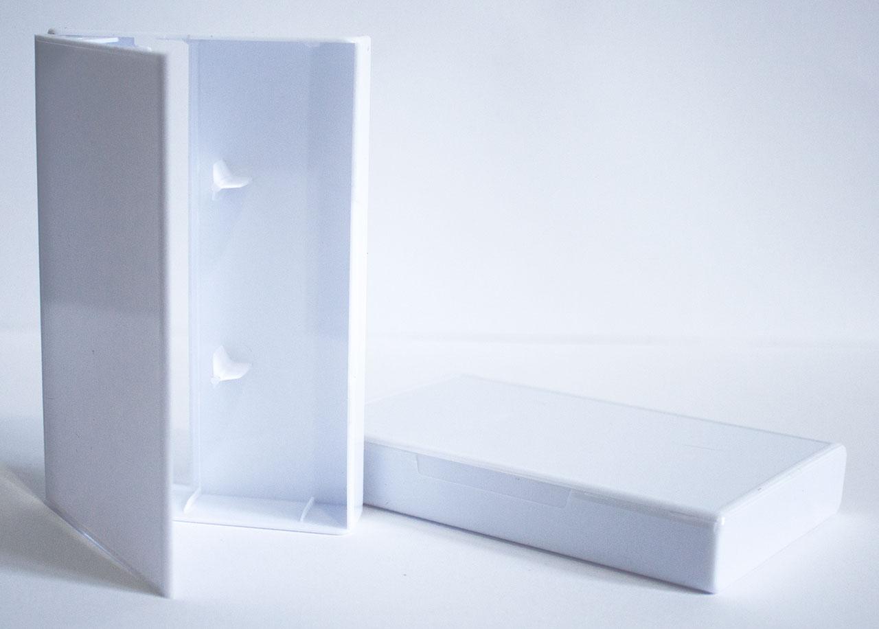 Full White Norelco Case for Audio Cassettes